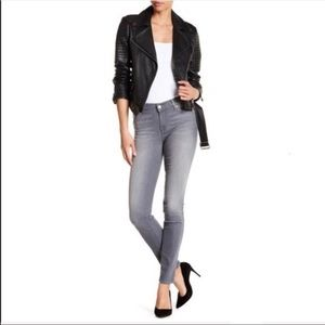 7 For All Mankind Gray Gwenevere Skinny Jeans 26